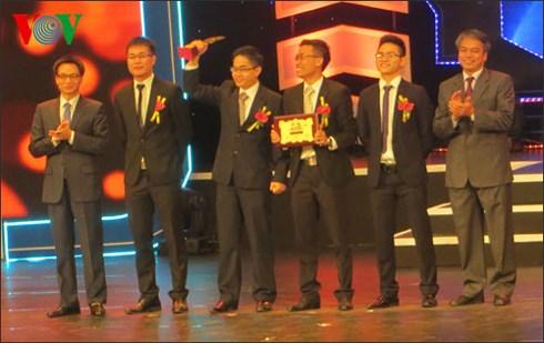 Trao giải Nhân tài Đất Việt năm 2013